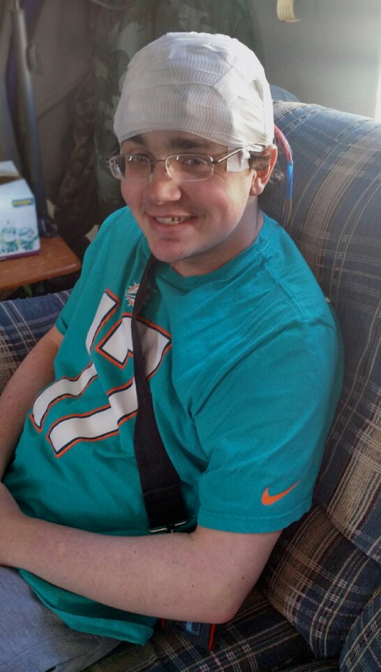 Young_Adult_AEEG_Patient_at_Home.jpg